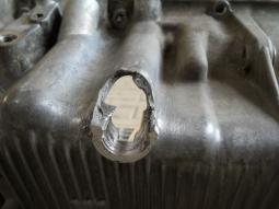 výpustní otvor před opravou